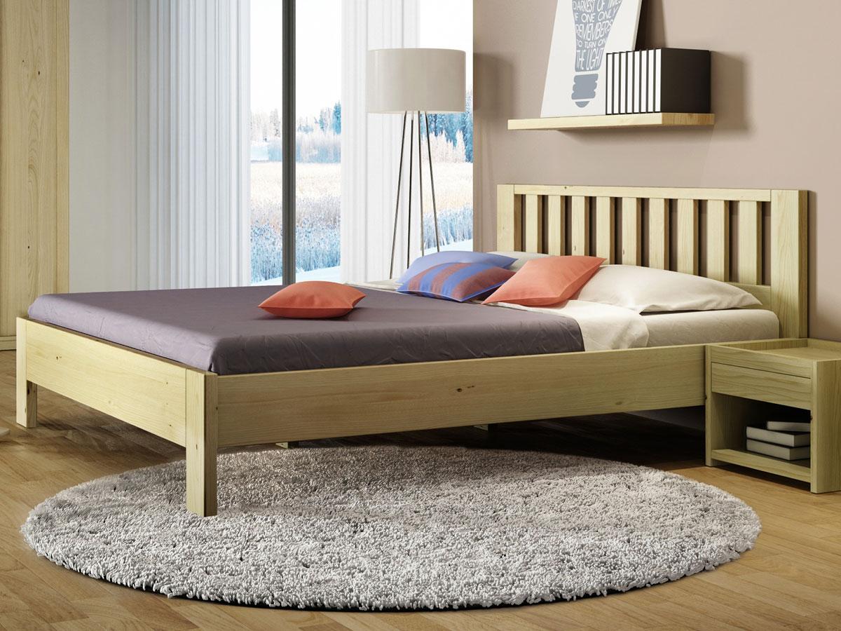 """Schlafzimmer mit Kastanienbett """"Bernhard"""""""