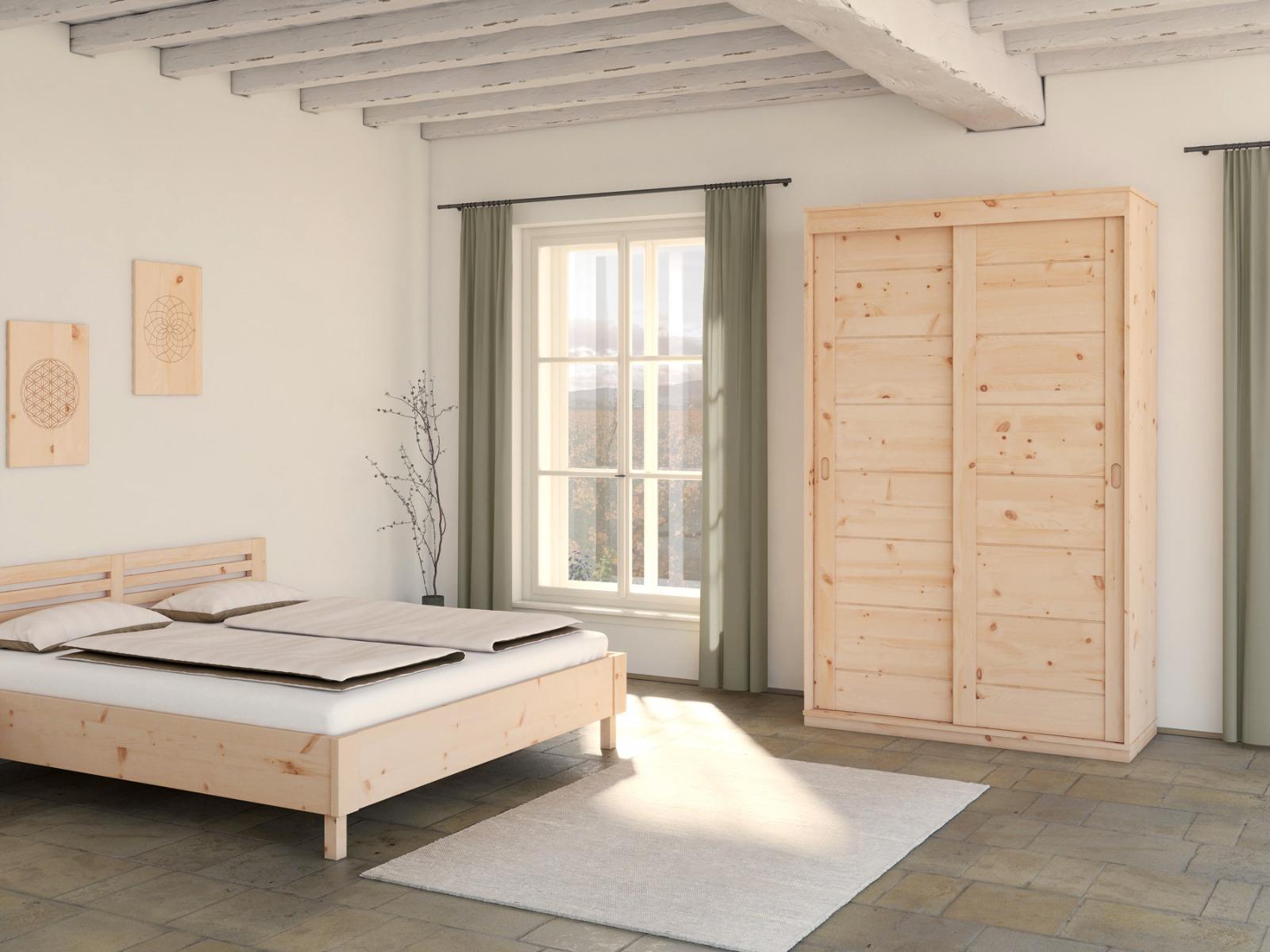 """Zirbenschlafzimmer mit Zirbenschrank """"Carmen"""" 3-türig, Höhe 235 cm"""