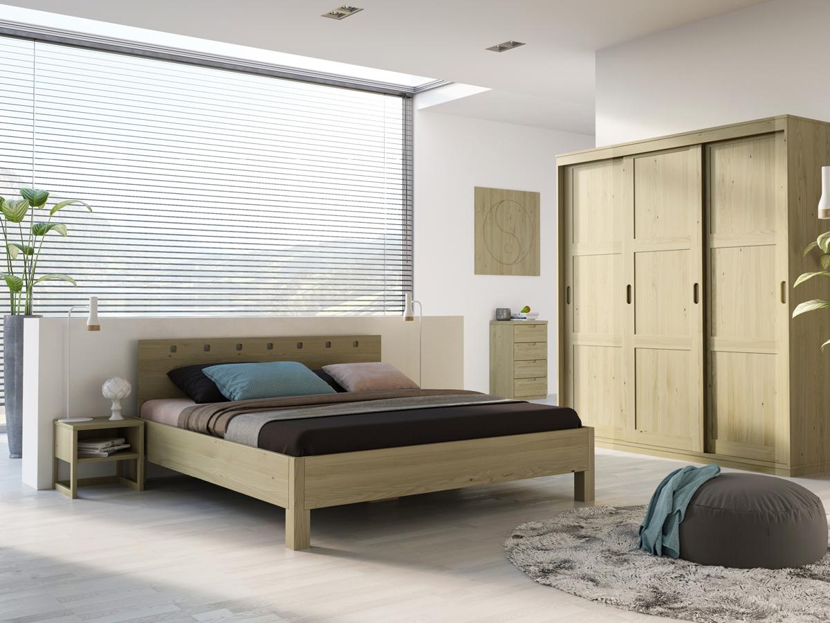 "Schlafzimmer mit Kastanienholzbett ""Karel"" 180 x 200 cm"
