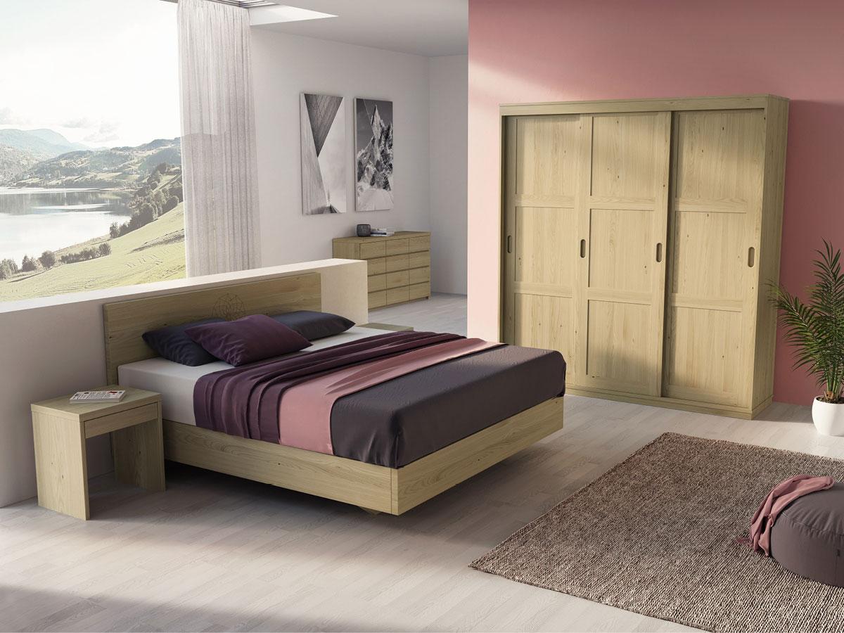 """Schlafzimmer in Kastanie mit Nachtkästchen """"Emil"""" in Boxspringhöhe"""