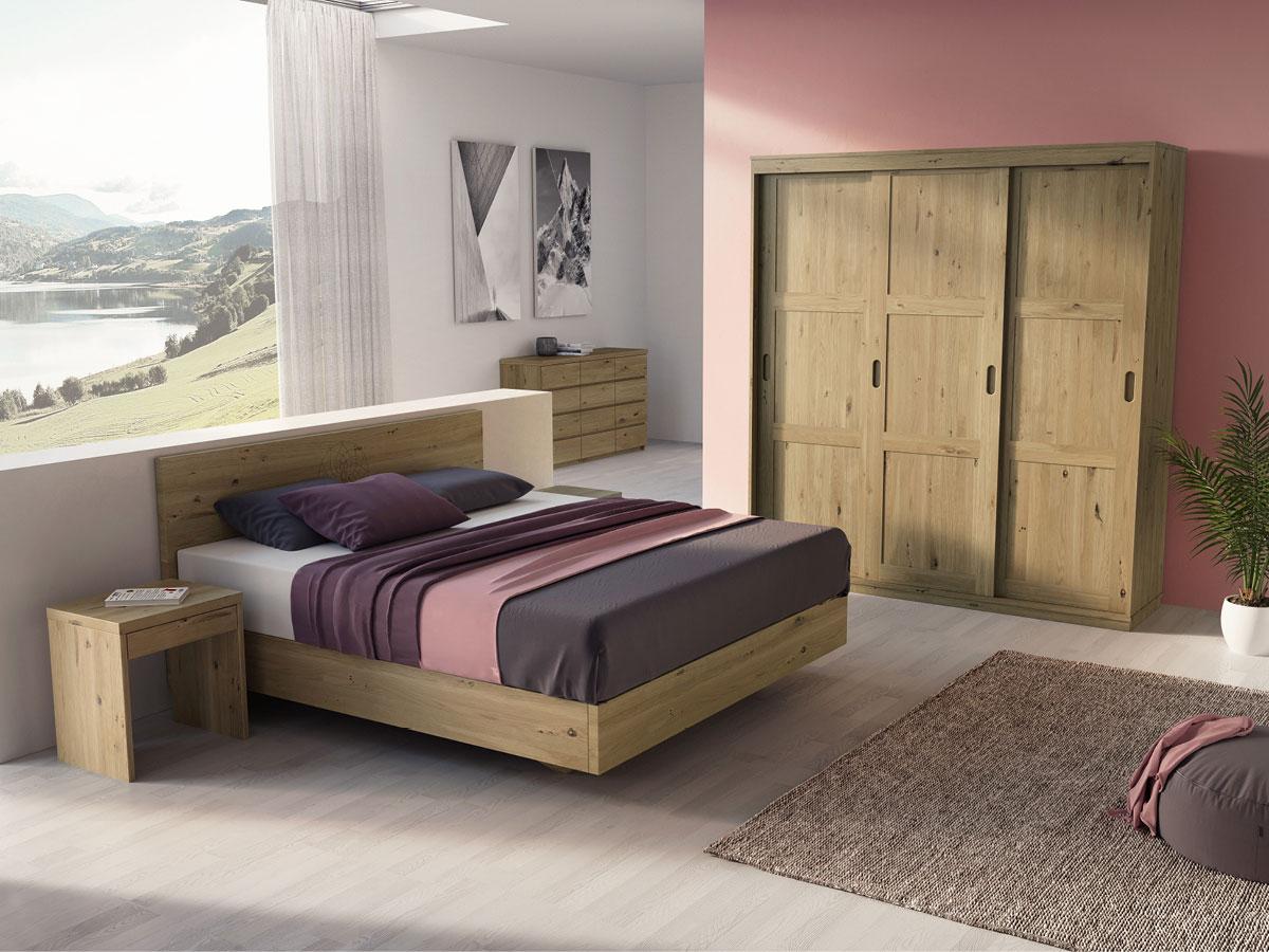 """Schlafzimmer in Wildeiche mit Nachtkästchen """"Emil"""" in Boxspringhöhe"""
