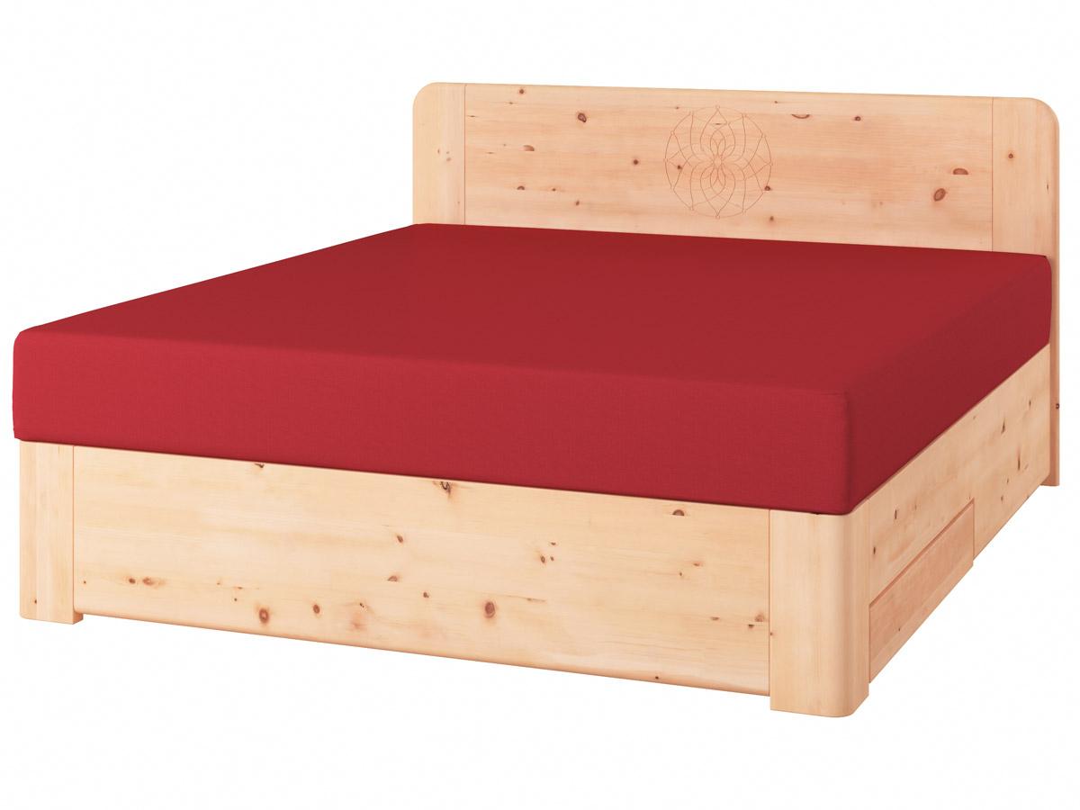 """Zirbenholzbett """"Niklas"""" Boxspring mit Gravur, einer Unterbettkommode (91 cm) rechts"""