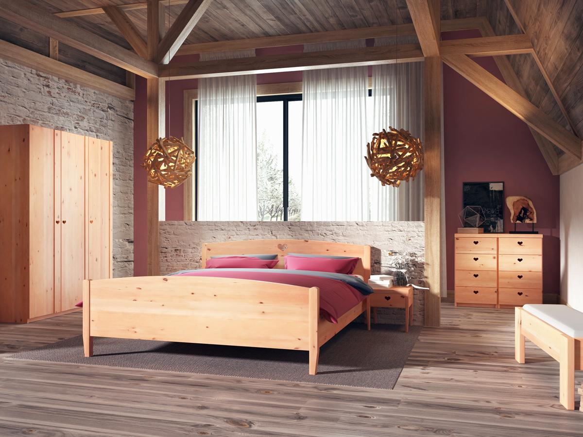 """Schlafzimmer mit Nachtkästchen aus Zirbe """"Heidi"""" in Standardhöhe"""