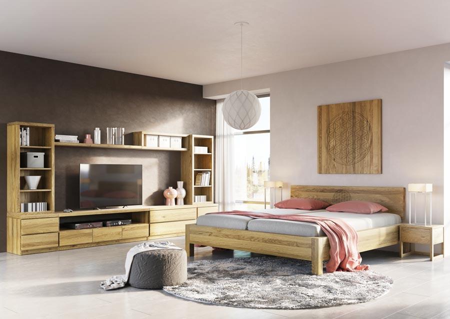 Schlafzimmerin Eiche mit Massivholzbett, Sidboard, Lowboard, Regale und Kasten